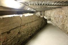 Foto-dei-sotterranei-del-salone-eta-romana-e-medievale-Palazzo-della-Ragione-Padova-1