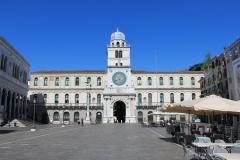 Piazza-dei-Signori-Padova-orologio