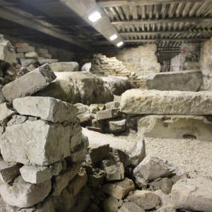 Foto dei sotterranei del salone età romana e medievale - Palazzo della Ragione Padova-5